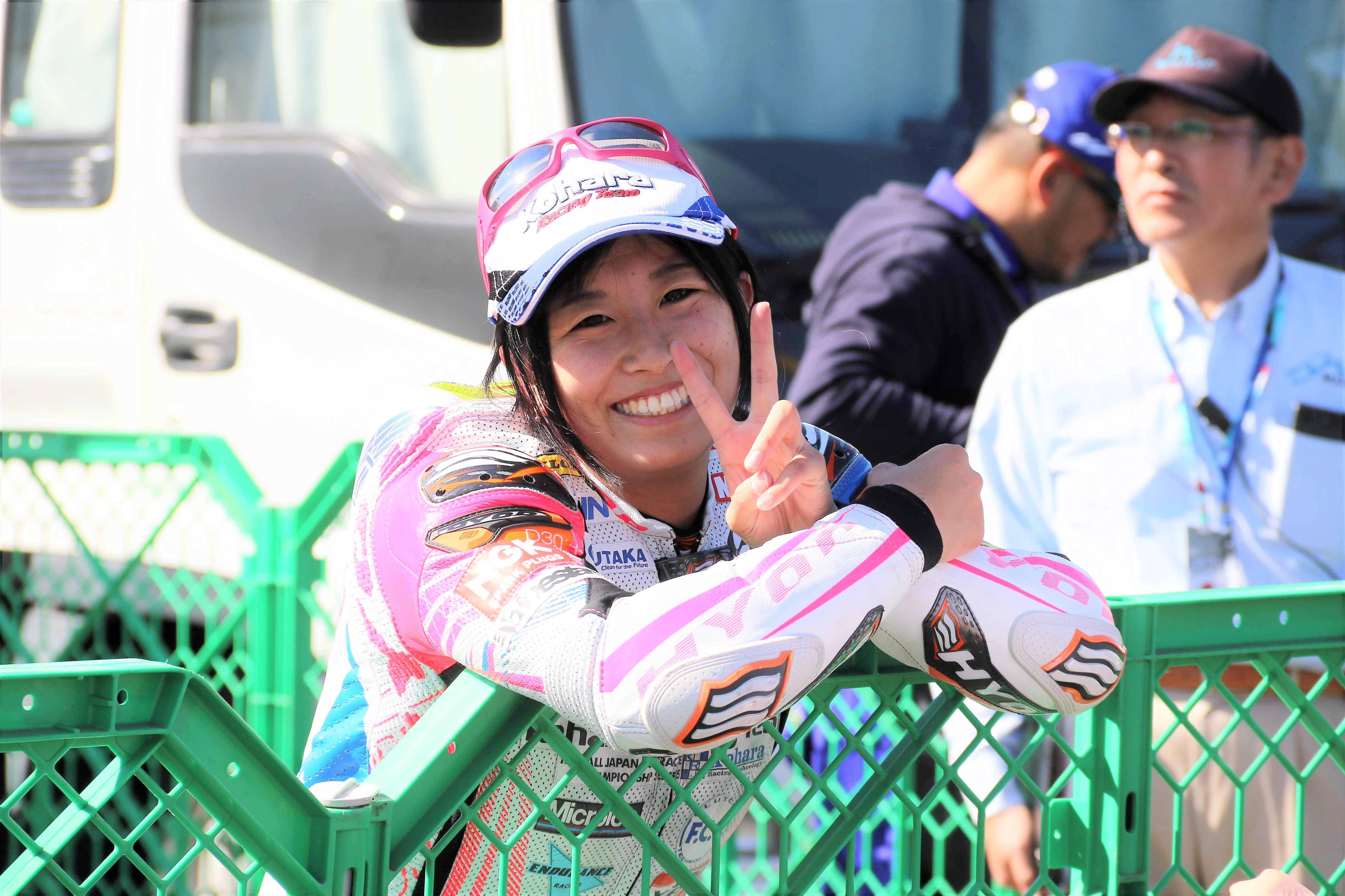 レーシングライダー岡崎静夏 moto3インタビュー【2018】