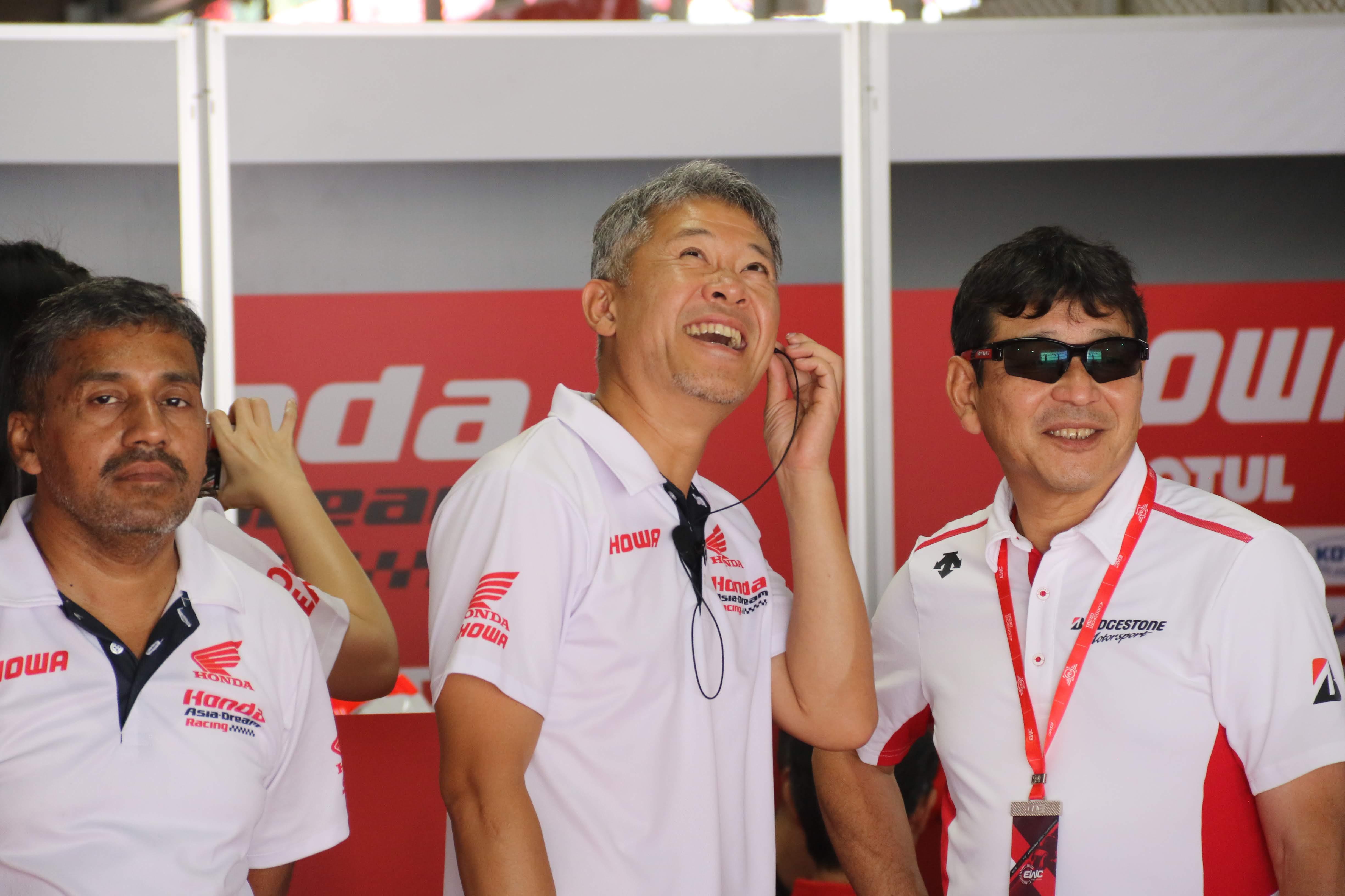 鈴鹿8耐に参戦するHonda Asia-Dream Racing with SHOWA ライダーより監督の方がプレッシャー大きい!