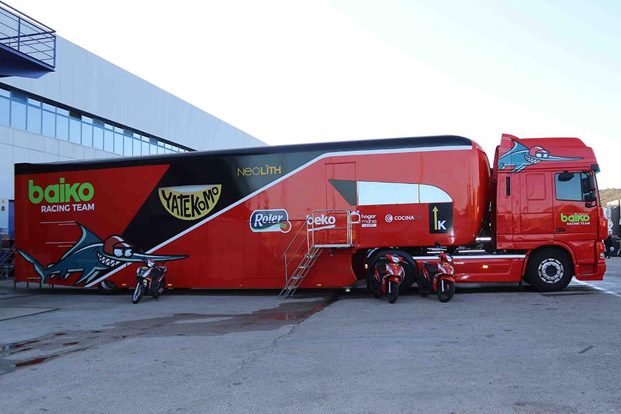 ヨーロッパではレースWEEKはサーキットに宿泊!? 気になるモーターホームの内部に潜入